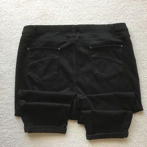 ⭐️ TIME AND TRU BLACK CAPRI XXL Size 20